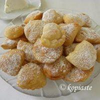 Bourekia me Freskia Anari – Pastries with Fresh Anari Cheese