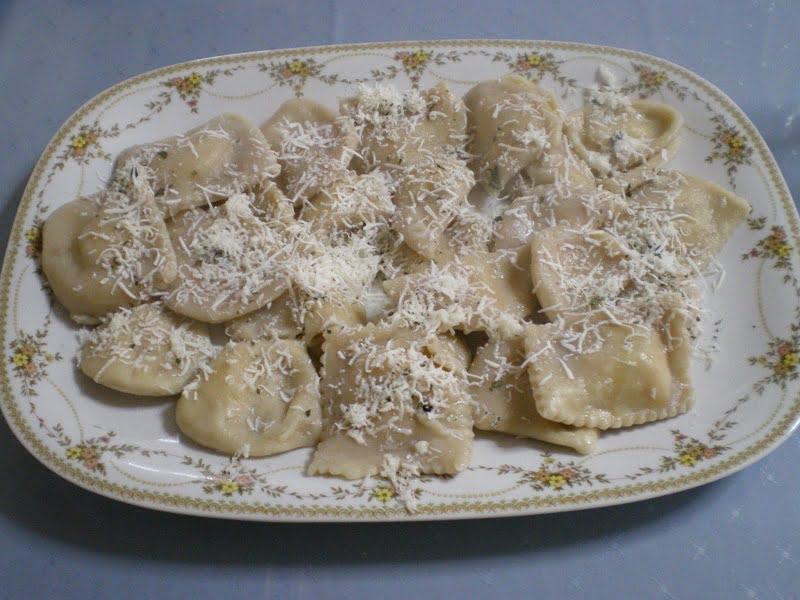 ravioles served image