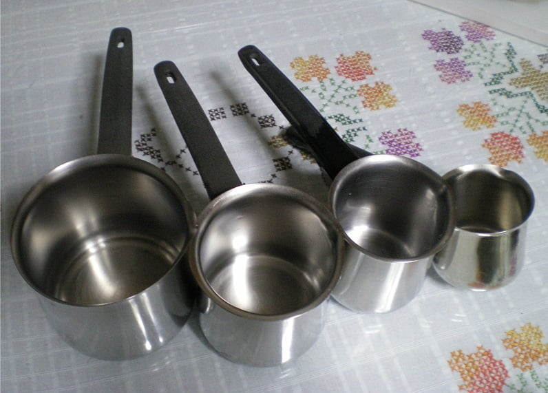 Various sizes of brikia image