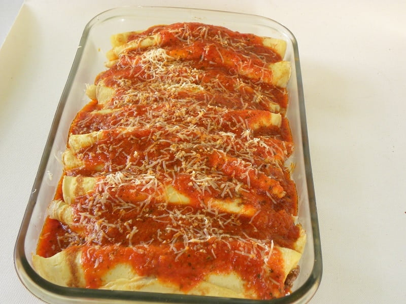 canelloni with minced meat image