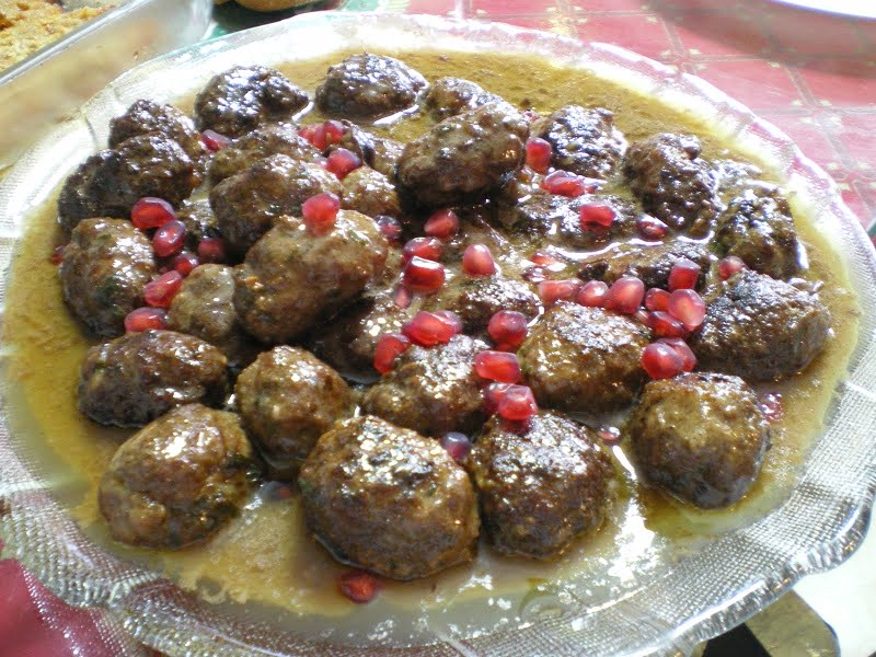 Greek Meatballs in Pomegranate Sauce (Keftedes me Rodi)