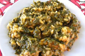 Spanakoryzo spinach and rice image