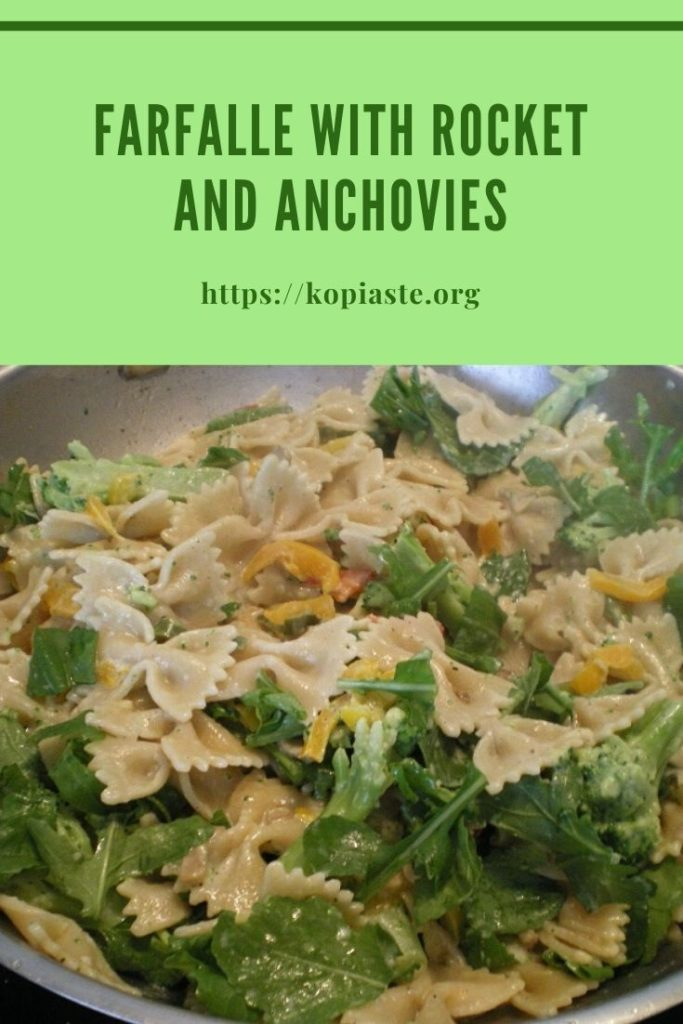 Collage Farfalle with rocket and anchovies image