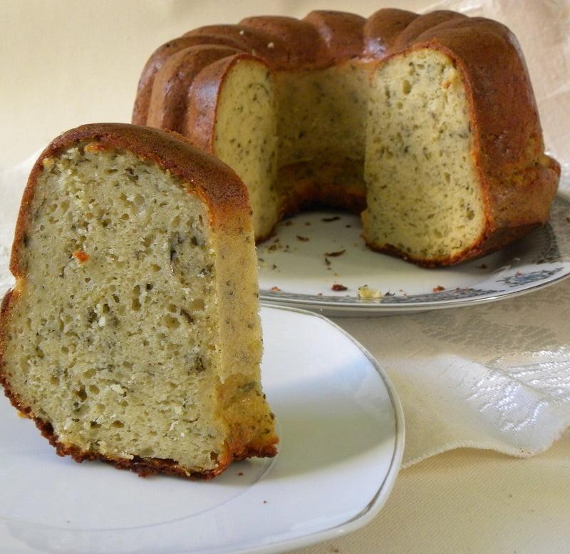 Kypriaki Tyropita (Cypriot Savoury Cheese Cake)