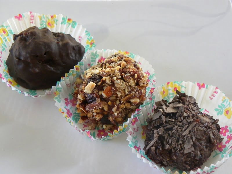 There kinds of truffles image