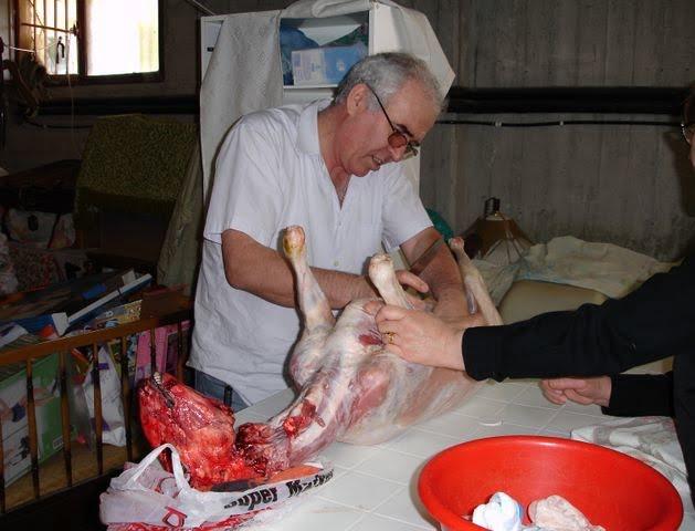 Easter Demetris preparing ovelias image