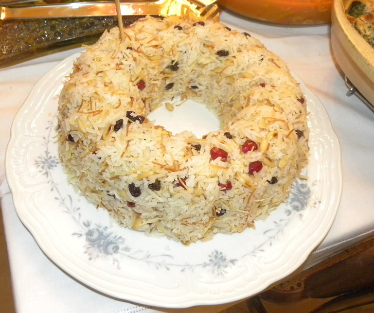 rice pilaf with raisins with vermicelli image