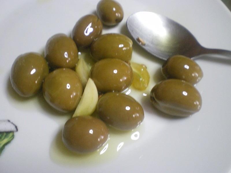 tsakkistes olives image