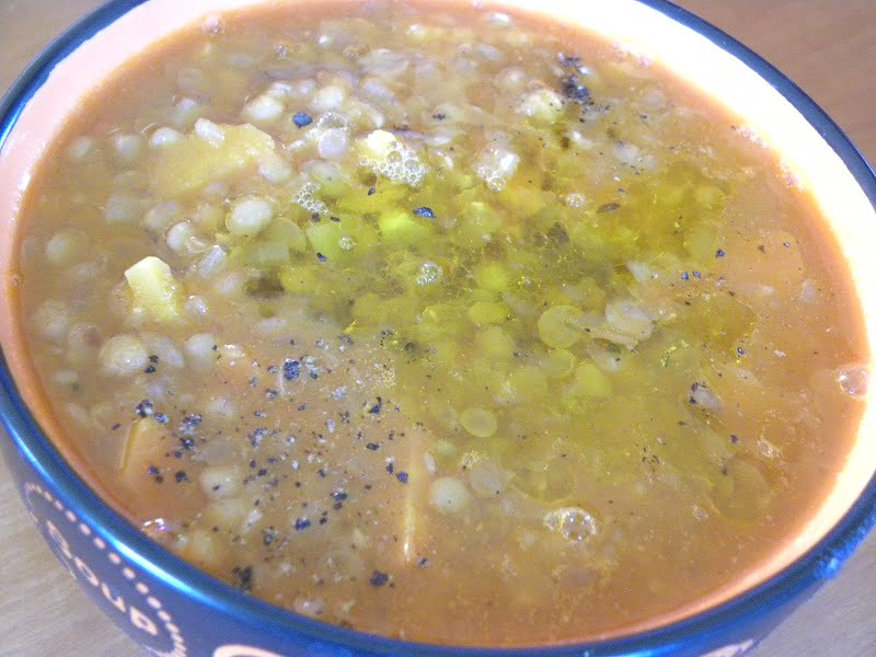 Fakes lentil soup image