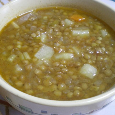 fakes soupa lentil soup image