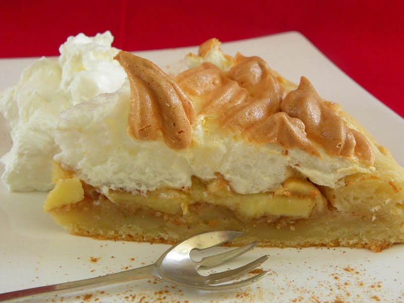 Apple meringue galette image