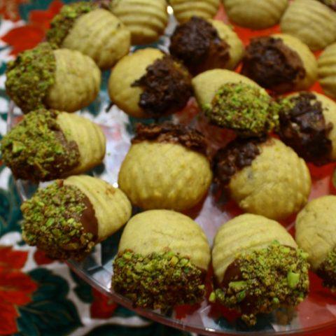 Chocolate and nuts melomakarona image