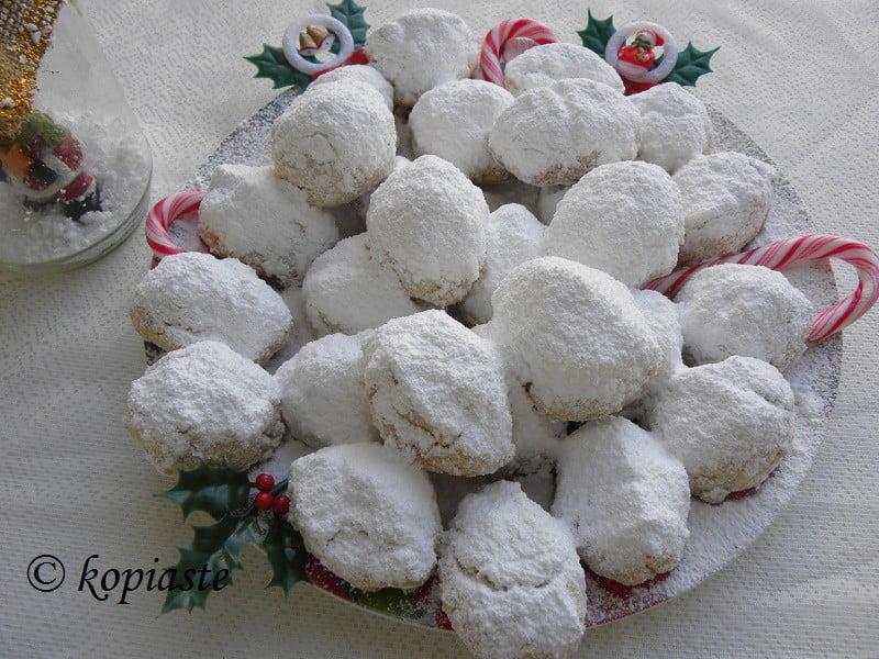 Kourabiedes Christmas cookies image