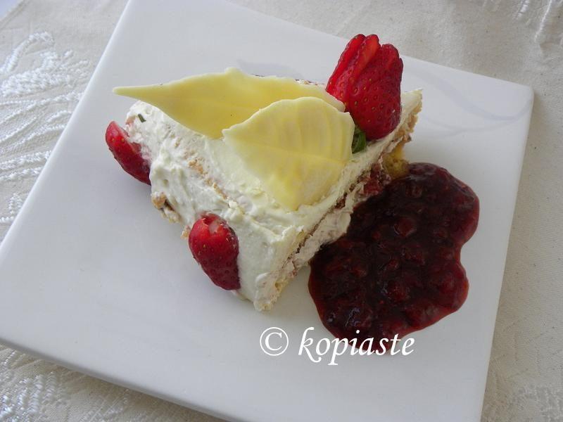 White chocolate and strawberry cake