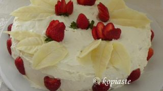 Strawberry Cake with White Chocolate Leafs and Cream Cheese frosting