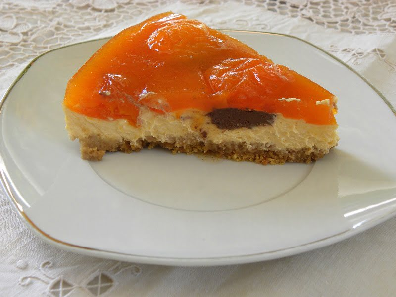 Apricot cheesecake picture