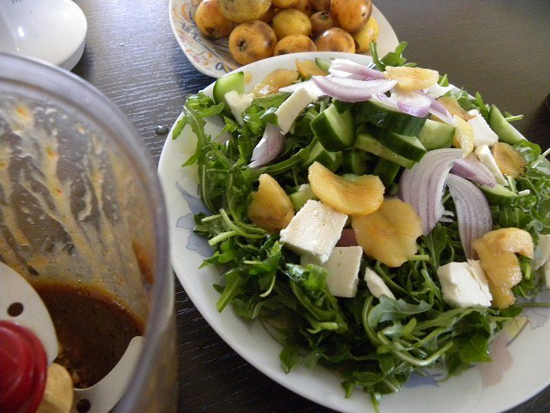 Rocket Salad with loquats image