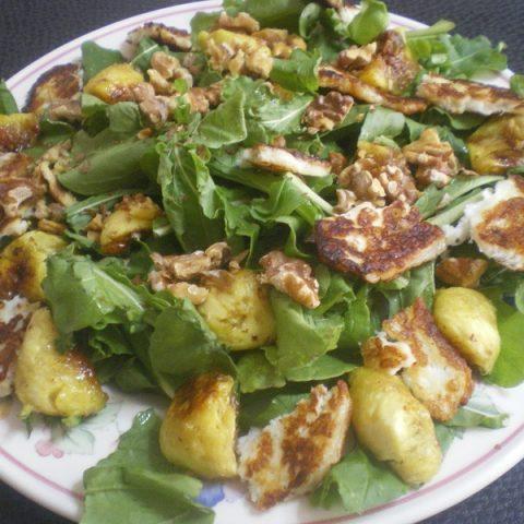 Rocket and fig salad image