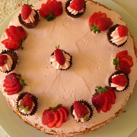 Top shot of the strawberry mousse cake image