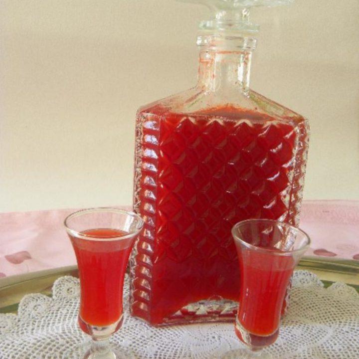 Strawberry Liqueur photo