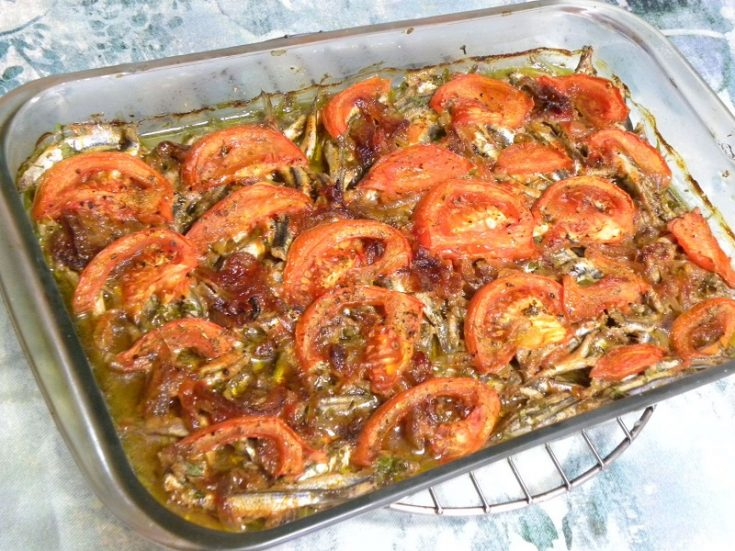 Filetarismenos Gavros Plaki sto Fourno (Filleted Baked Anchovies)
