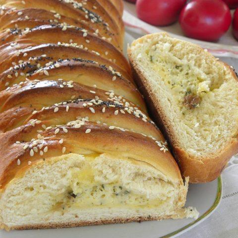Savory cheese tsoureki picture