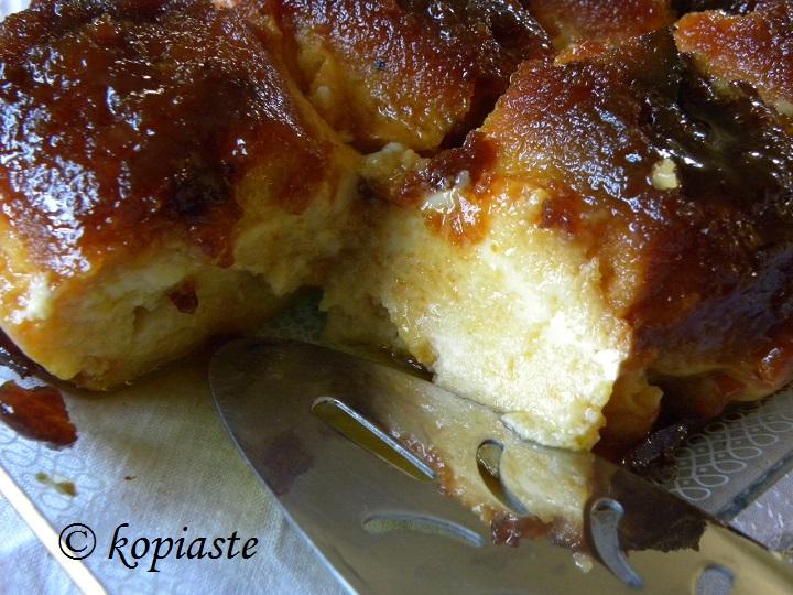 caramel bread pudding cut