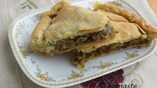 Manitaropita me Prassa (Homemade Greek Mushroom Pie with Leeks)