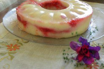 Almond and strawberry halvas photo