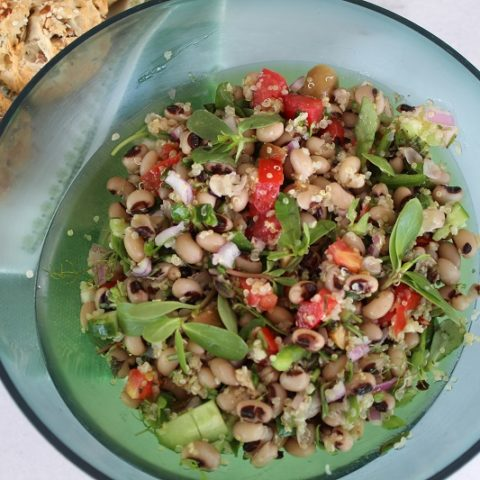 Black-eyed peas Salad with Quinoa