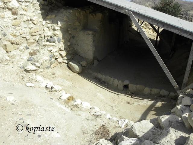 Choirokoitia ruins2
