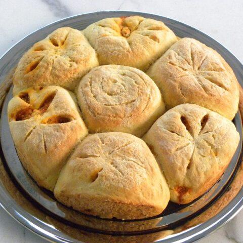 Pizza bread rolls image