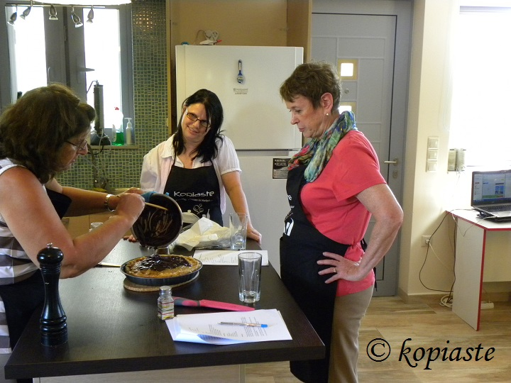 Making baklavas during a cooking class
