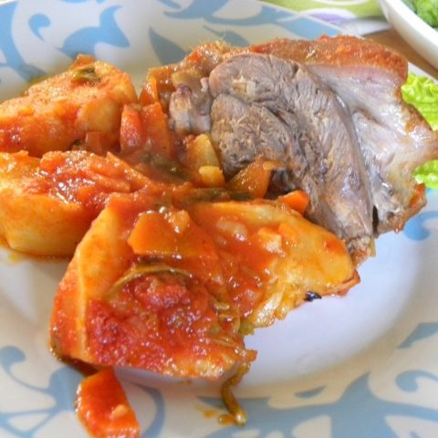 Pork Shank Kotsi me Selinoriza image