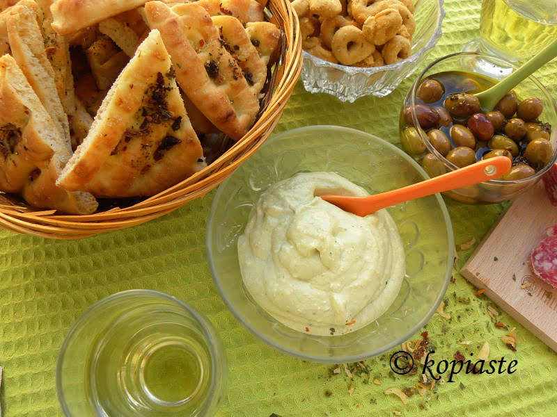 pesto greek yoghurt and feta dip with pita chiips picture