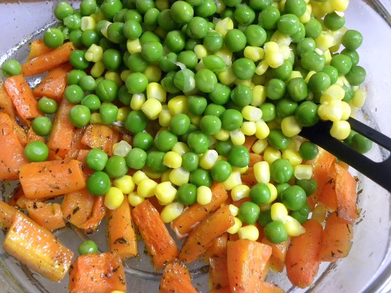 Microwave Roasted Carrots, peas and corn for kotosalata image