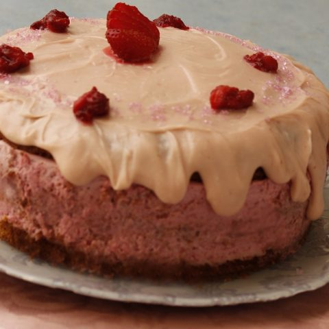 Strawberry cake image