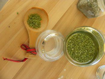 Gourmet sea salt with basil image