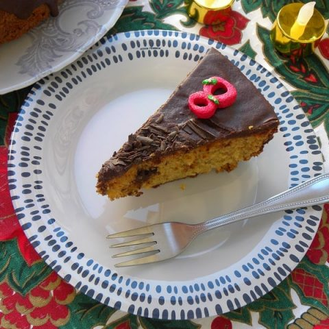 coffee cake with ganache cut image