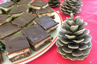 Nanaimo Bars with sahlab filling picture