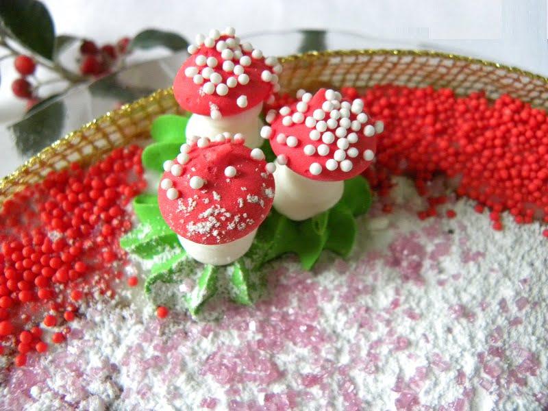 Edible mushrooms image