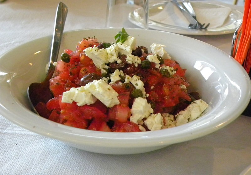 Dakos Cretan salad picture