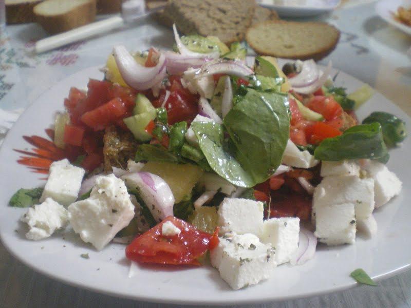 Dakos salad with Pineapple image