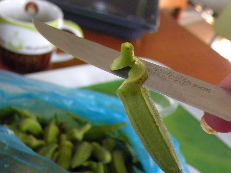 How to Clean Okra image