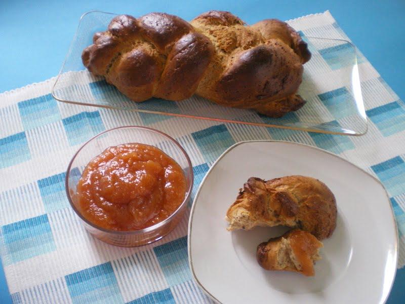 Ethiopian spiced honey bread image