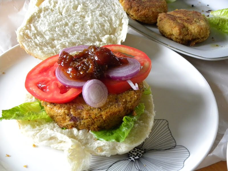 Chickpea and Zucchini Burgers image
