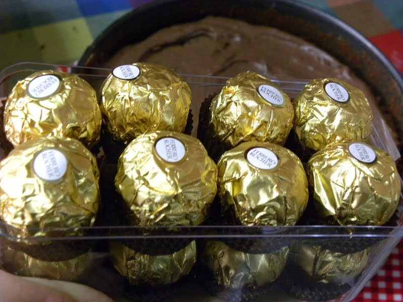 Ferrero rocher chocolates image