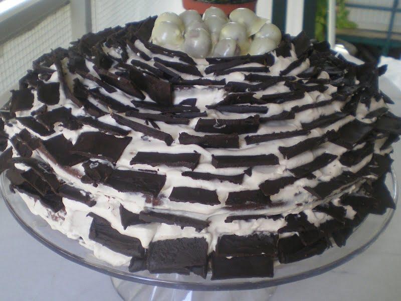 Original cuckoo's nest cake image