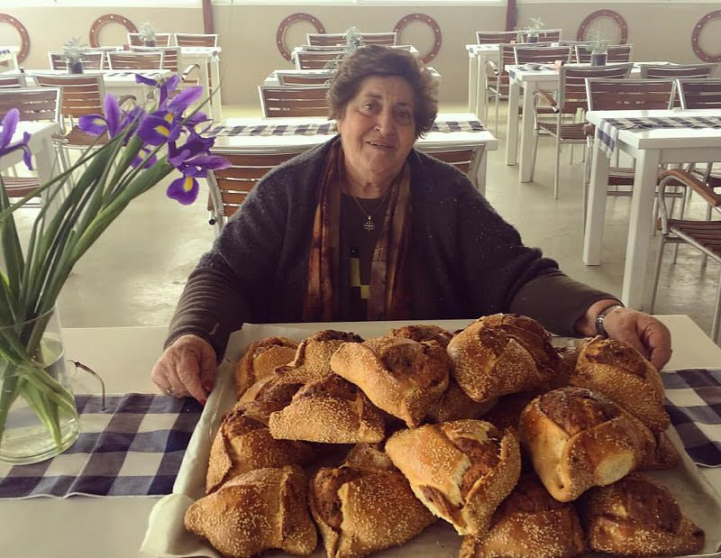 Zoe my sister with her flaounes image
