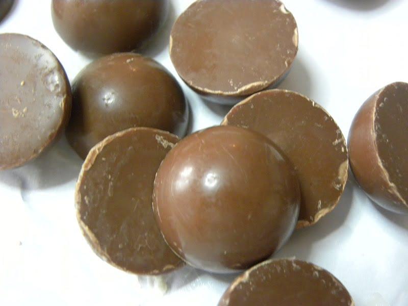 round chocolates image